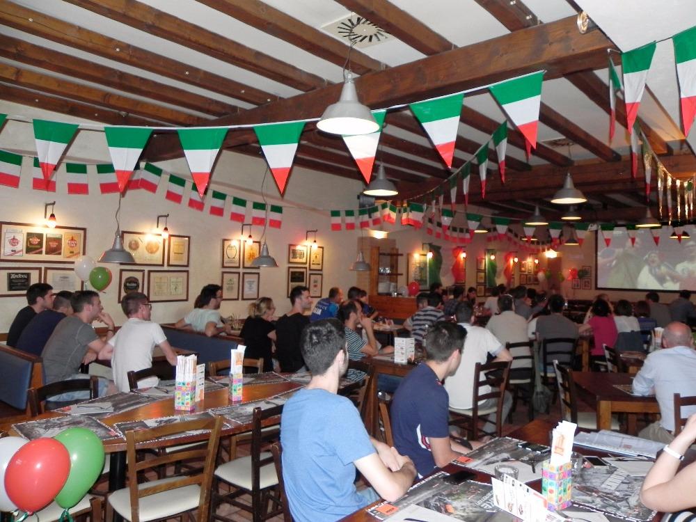 Segui l'attesissima partita tra Italia e Germania sul Maxischermo HD del Fuorirotta [SOLD OUT]